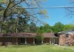 Casa en Remate en Kilgore 75662 ROCKBROOK DR - Identificador: 3210949583