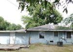 Casa en Remate en Groves 77619 LAWNDALE AVE - Identificador: 3351579979