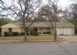 Casa en Remate en Irving 75061 BROOKHOLLOW DR - Identificador: 3459180990