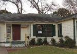 Casa en Remate en Arlington 76013 W LOVERS LN - Identificador: 3546120570