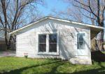 Casa en Remate en Carpentersville 60110 TOPEKA DR - Identificador: 3661488165