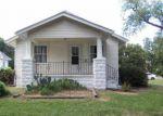Casa en Remate en Wichita 67213 W MAPLE ST - Identificador: 3806741821