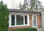 Casa en Remate en Walled Lake 48390 ETHEL DR - Identificador: 4074317200