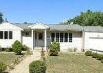 Casa en Remate en Brentwood 11717 LOEFFLER ST - Identificador: 4038750654