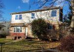 Casa en Remate en Westbury 11590 DIVISION ST - Identificador: 4092341593