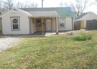 Casa en Remate en Topeka 66606 SW CAMBRIDGE AVE - Identificador: 1118872178