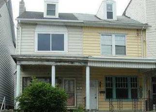 Casa en Remate en Shenandoah 17976 W OAK ST - Identificador: 2725799206