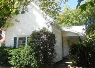 Casa en Remate en New Palestine 46163 W MAIN ST - Identificador: 2822928711