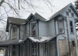 Casa en Remate en Waldron 46182 N MULBERRY ST - Identificador: 3039577809