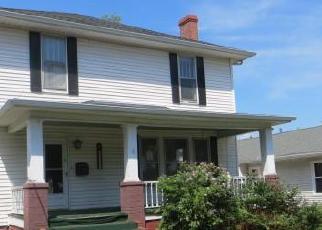 Casa en Remate en Harrisburg 62946 N WEBSTER ST - Identificador: 3336016563