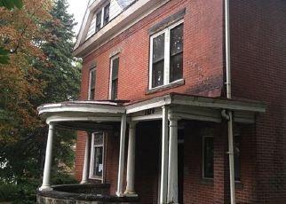 Casa en Remate en Mc Kees Rocks 15136 CHURCH AVE - Identificador: 3393632475
