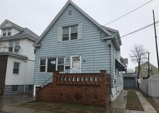 Casa en Remate en Bayonne 07002 ZABRISKIE AVE - Identificador: 3397374977