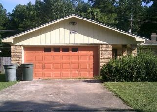 Casa en Remate en Beaumont 77708 SPRINGDALE LN - Identificador: 3639527273