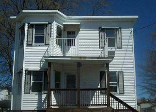 Casa en Remate en Cranston 02920 MEADOW AVE - Identificador: 3669971287