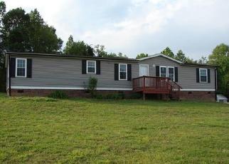 Casa en Remate en Kings Mountain 28086 BENTON RD - Identificador: 3673088801