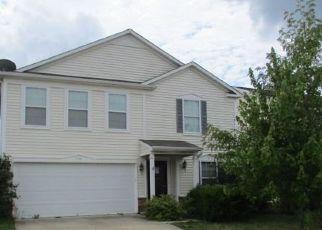 Casa en Remate en Greenwood 46143 CURLEW LN - Identificador: 3704045677