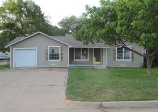 Casa en Remate en Haltom City 76117 MADGE PL - Identificador: 3733904998