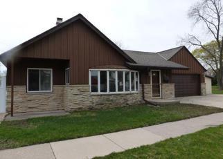 Casa en Remate en Milwaukee 53228 S 89TH ST - Identificador: 3748790404