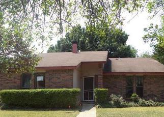 Casa en Remate en Garland 75043 BENTLEY DR - Identificador: 3809114766