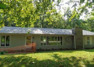 Casa en Remate en Gravois Mills 65037 VALLEY RD - Identificador: 3814772953