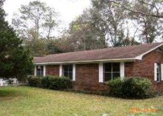 Casa en Remate en Robertsdale 36567 BARGINER DR - Identificador: 3865979102