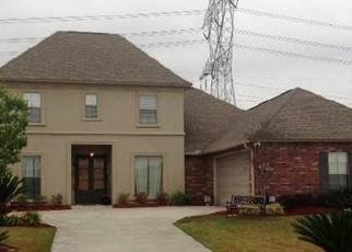 Casa en Remate en Denham Springs 70726 PINECREST DR - Identificador: 3868192188