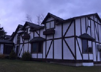 Casa en Remate en Williamsburg 49690 SKEGEMOG POINT RD - Identificador: 3909086256