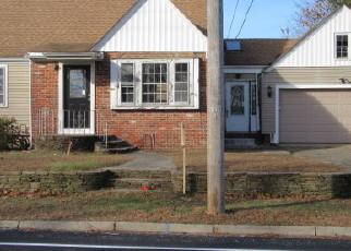 Casa en Remate en Rumford 02916 ROGER WILLIAMS AVE - Identificador: 3912444200