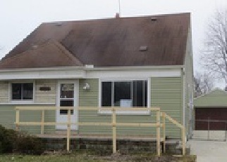 Casa en Remate en Saint Clair Shores 48082 DEZIEL ST - Identificador: 3918158455