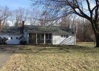 Casa en Remate en Broad Brook 06016 RYE ST - Identificador: 3930243917