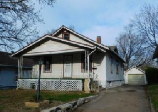 Casa en Remate en Topeka 66606 SW KENDALL AVE - Identificador: 3947194380