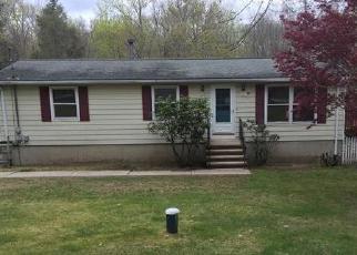 Casa en Remate en Moodus 06469 E HADDAM COLCHESTER TPKE - Identificador: 3962579983