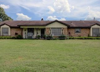 Casa en Remate en Longview 75604 SPRING ST - Identificador: 3988977992