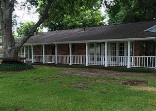 Casa en Remate en Highlands 77562 HOLLY DR - Identificador: 4009199229