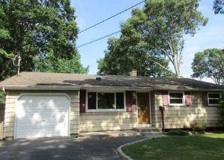 Casa en Remate en Oakdale 11769 MATTHEWS RD - Identificador: 4031725999