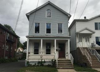 Casa en Remate en Elizabeth 07208 ORCHARD ST - Identificador: 4038852708