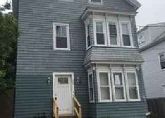 Casa en Remate en Fall River 02724 KAY ST - Identificador: 4049936512
