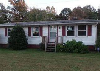 Casa en Remate en Woodford 22580 LADYSMITH RD - Identificador: 4053824402