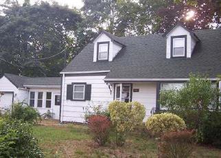 Casa en Remate en Centereach 11720 GOULD RD - Identificador: 4056865701