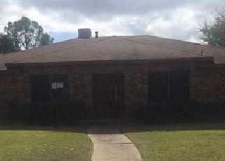 Casa en Remate en Garland 75043 COLUMBINE DR - Identificador: 4059394108
