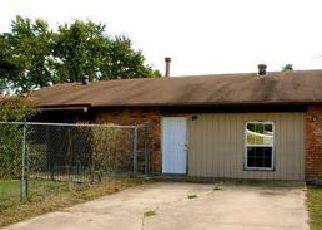 Casa en Remate en Garland 75043 OVERGLEN DR - Identificador: 4061381651