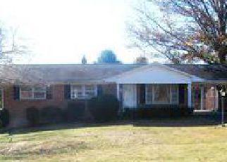 Casa en Remate en Bassett 24055 STONES DAIRY RD - Identificador: 4075880781