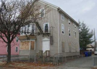 Casa en Remate en Central Falls 02863 SUMNER AVE - Identificador: 4077456160
