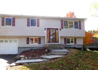 Casa en Remate en Holbrook 11741 CHURCH ST - Identificador: 4078875192