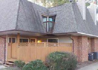 Casa en Remate en Chapel Hill 27517 FINLEY FOREST DR - Identificador: 4082034753