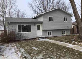 Casa en Remate en Watertown 57201 20TH ST SW - Identificador: 4085969504