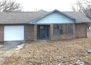 Casa en Remate en Henryetta 74437 FLAX AVE - Identificador: 4094647973