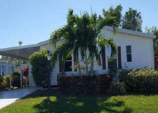 Casa en Remate en Port Saint Lucie 34952 HONEYSUCKLE CT - Identificador: 4101095825