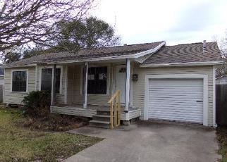 Casa en Remate en Groves 77619 39TH ST - Identificador: 4102471941