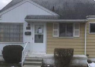 Casa en Remate en Royal Oak 48073 RAVENA AVE - Identificador: 4108451593